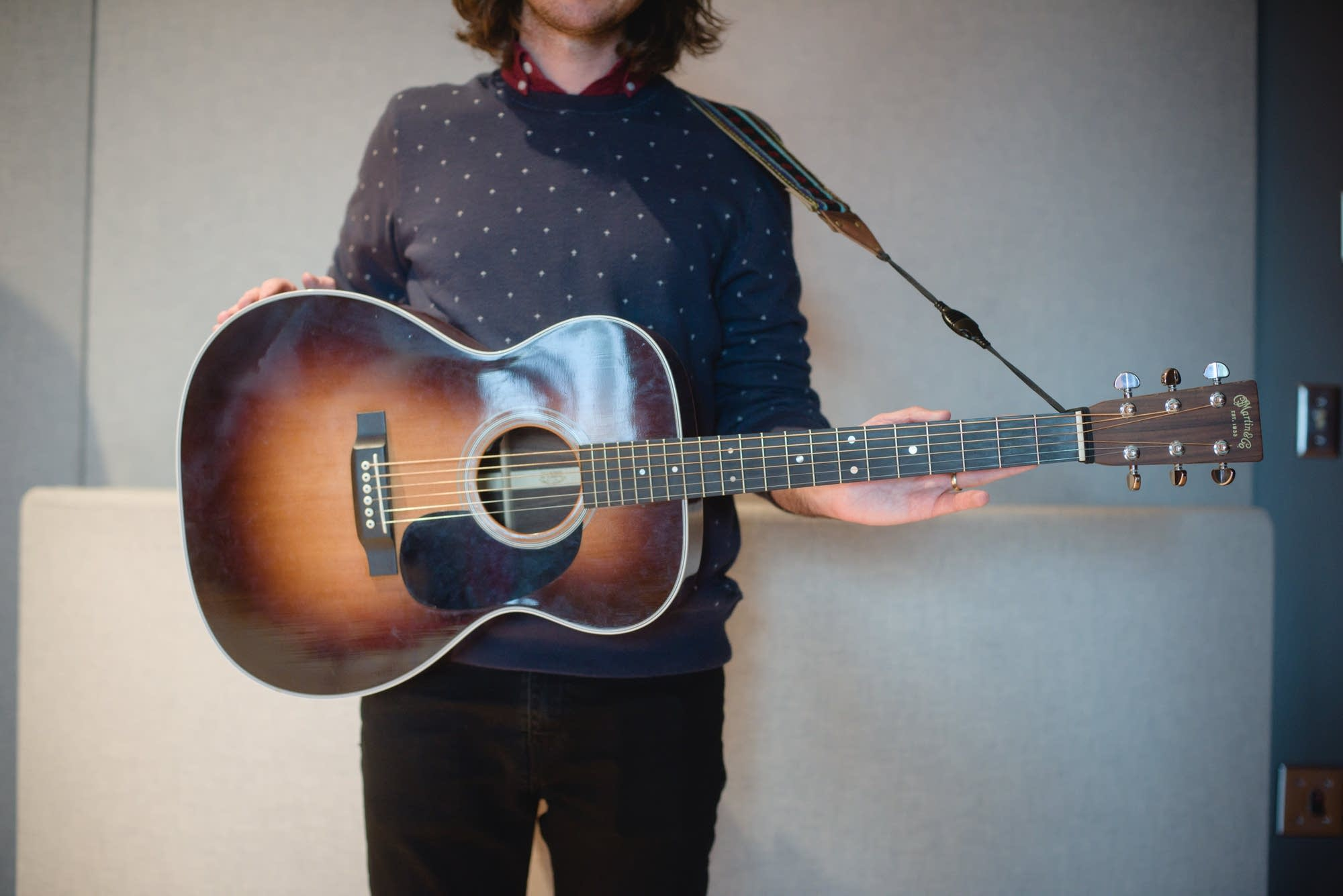 Martin Courtney, Martin OOO-28 acoustic guitar 2
