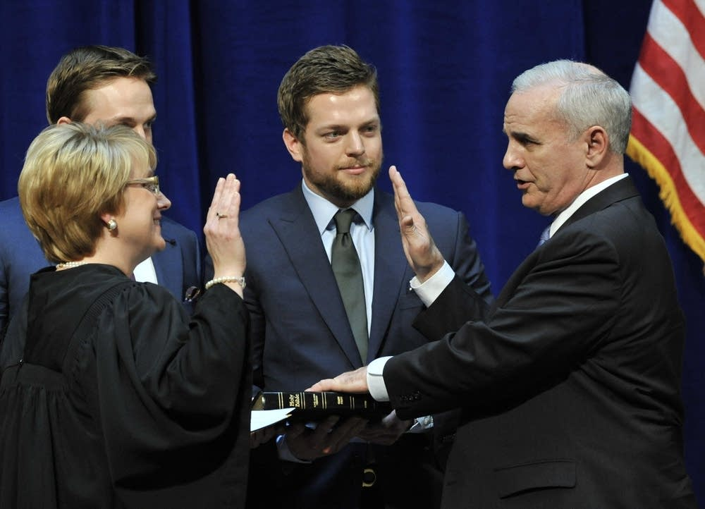 Mark Dayton takes the oath of office