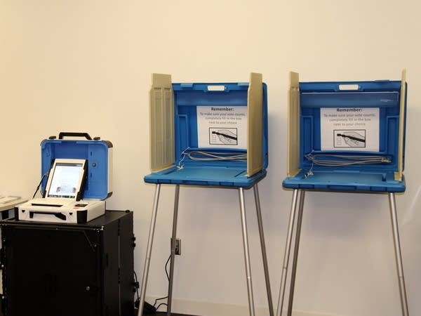 An early voting testing station in St. Paul.
