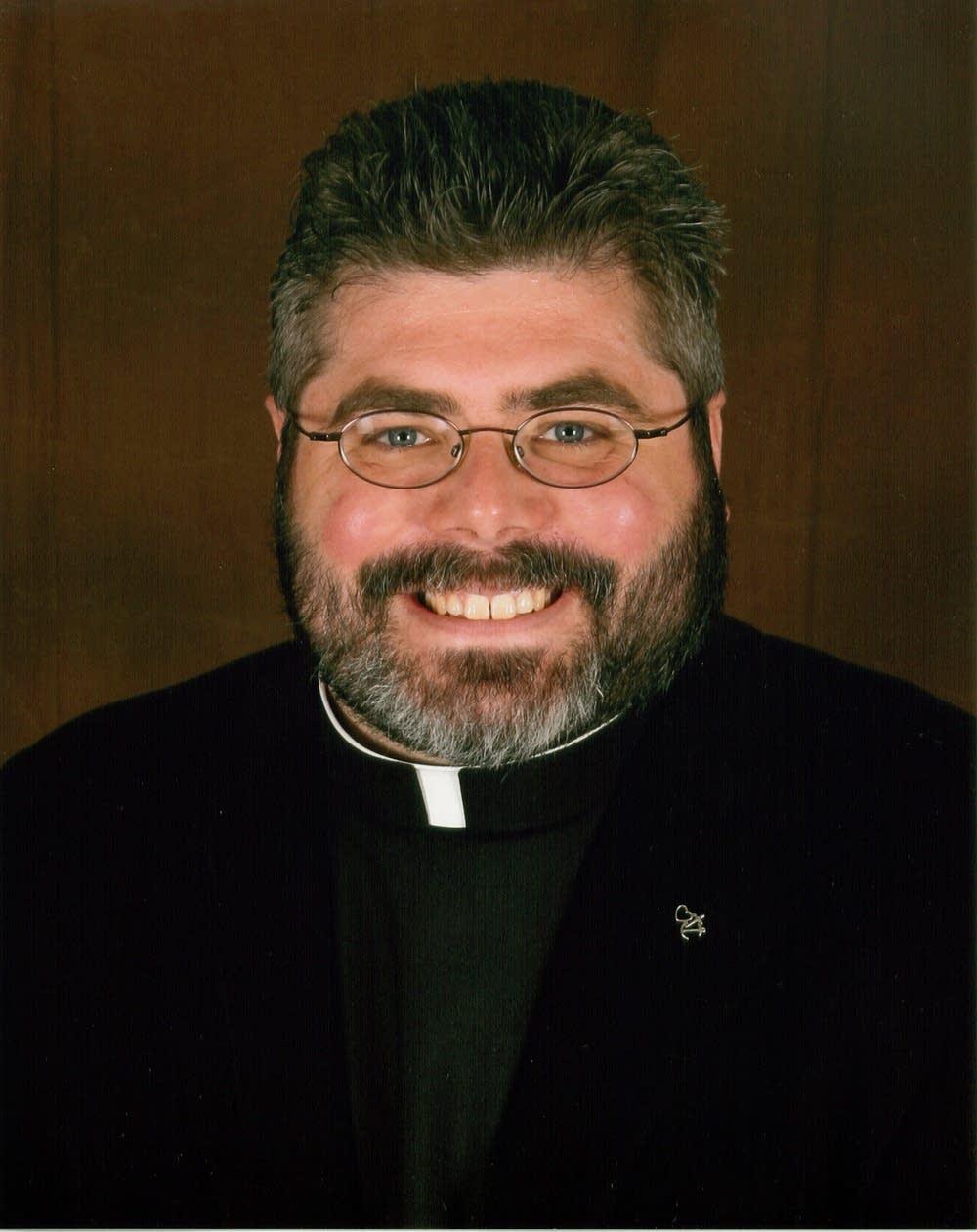 Pastor Timothy Dearhamer