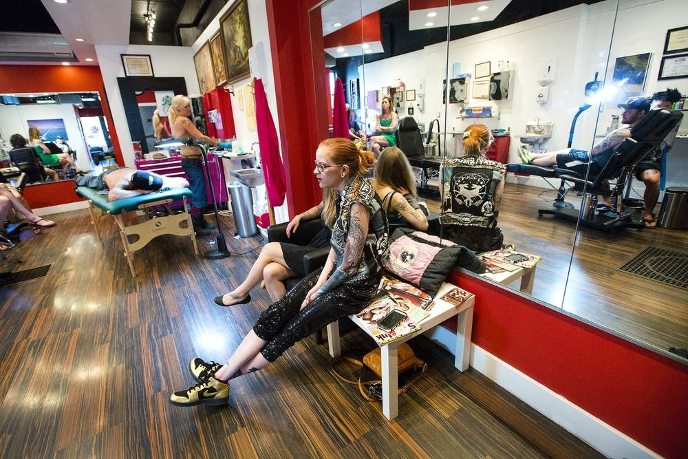 All-female tattoo shop makes its mark in male-dominated field | MPR News