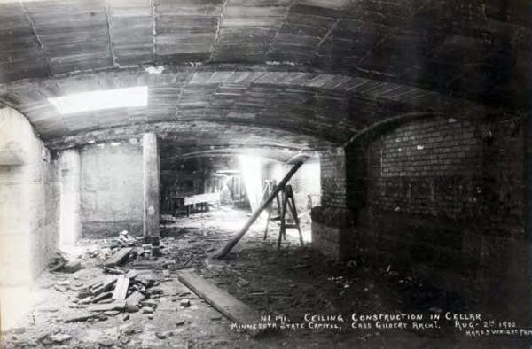 Capitol cellar construction, Aug. 2, 1902