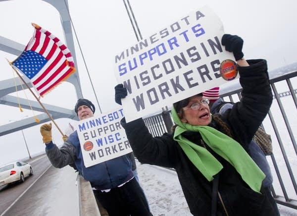 Bong Bridge union protest