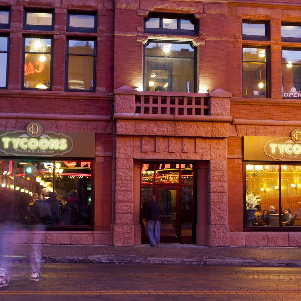 Dining with Dara: Duluth becoming state's premiere
