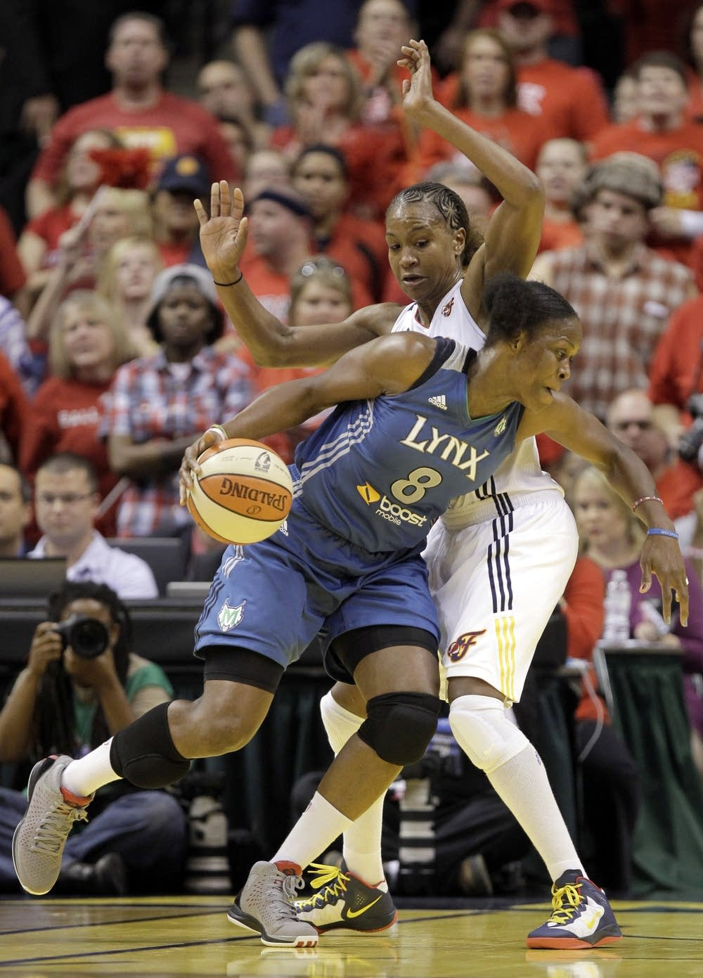 Taj McWilliams-Franklin, Tamika Catchings