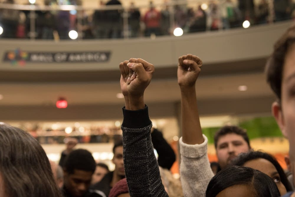 Protesters at the Mall of America