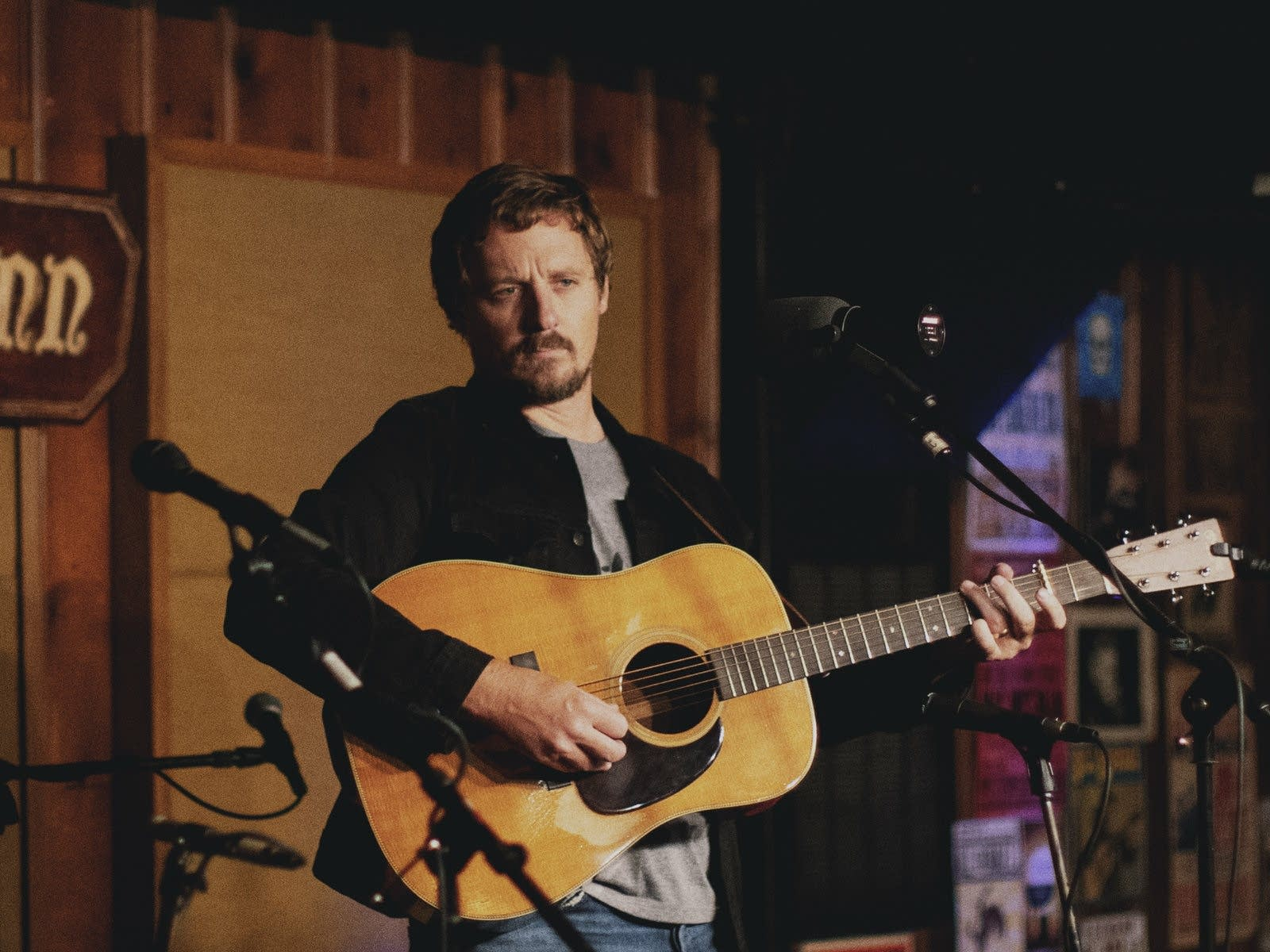 Sturgill Simpson performing at the Station Inn in Nashville