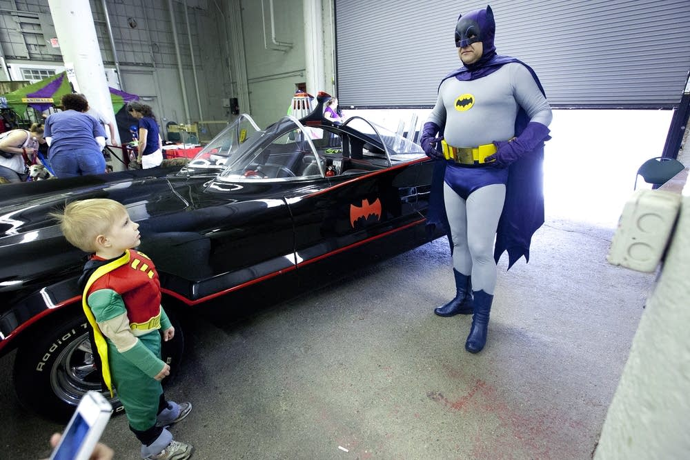 Holy SpringCon, Batman! Comic book lovers come out to play