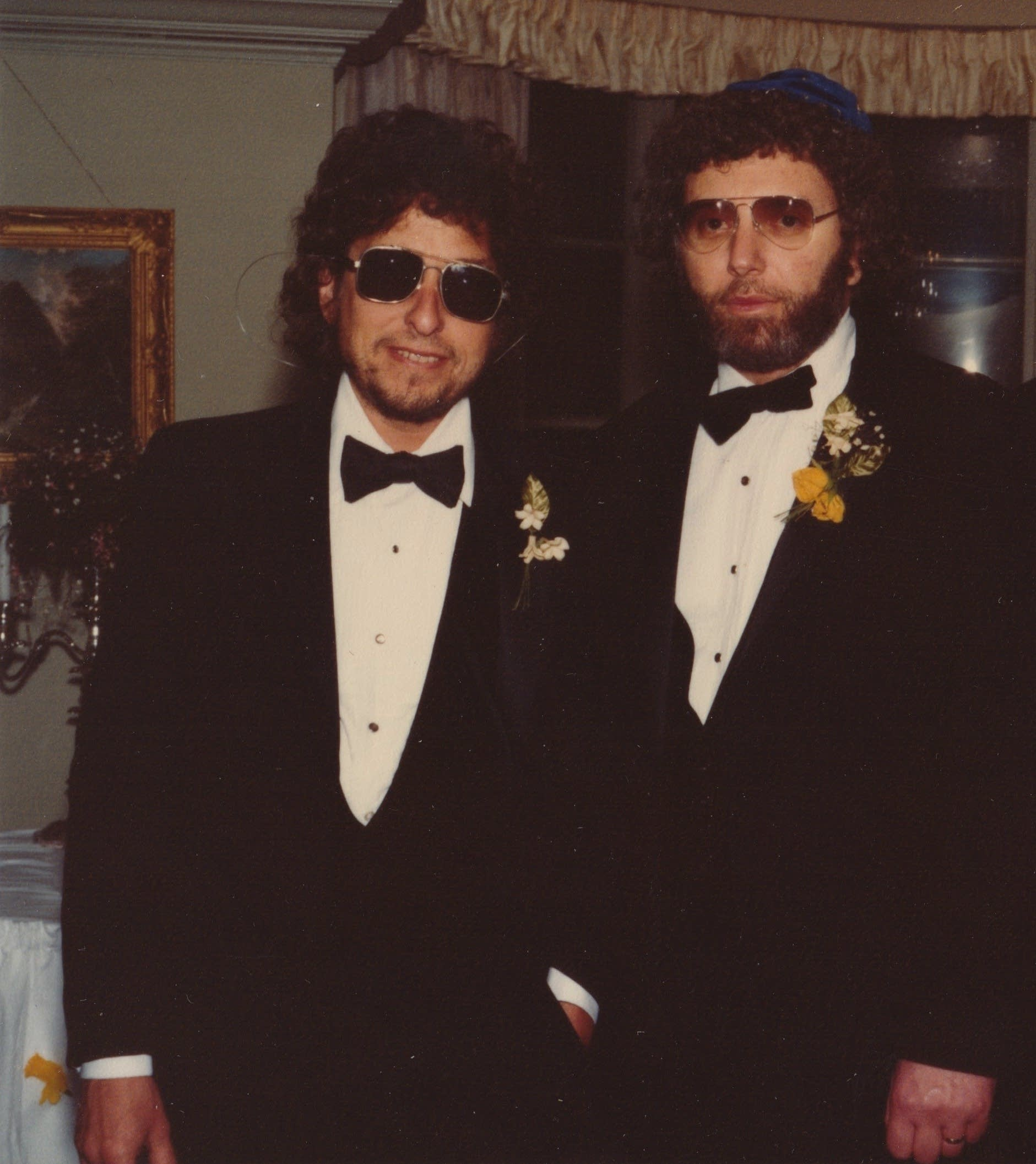 When Louie Kemp was married in 1983, Bob Dylan was his best man.
