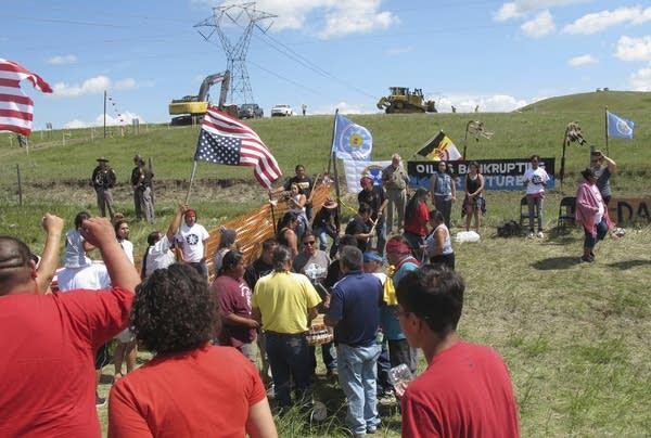 Native Americans protest Dakota Access pipeline