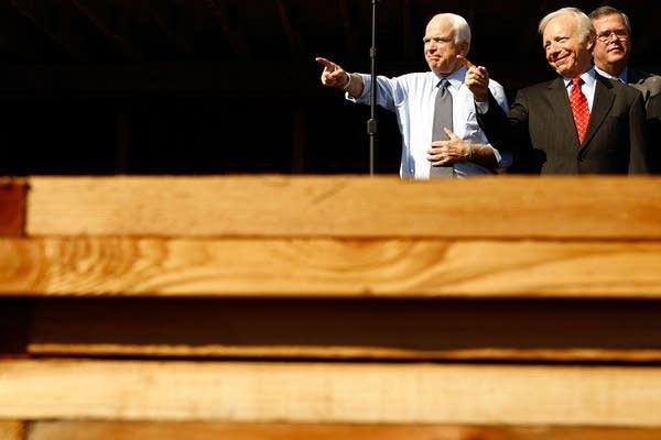 McCain with Joe Lieberman in Florida