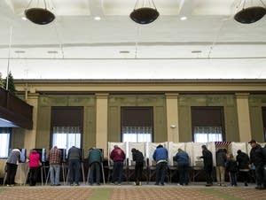 Full voting booths in Eveleth, Minn.