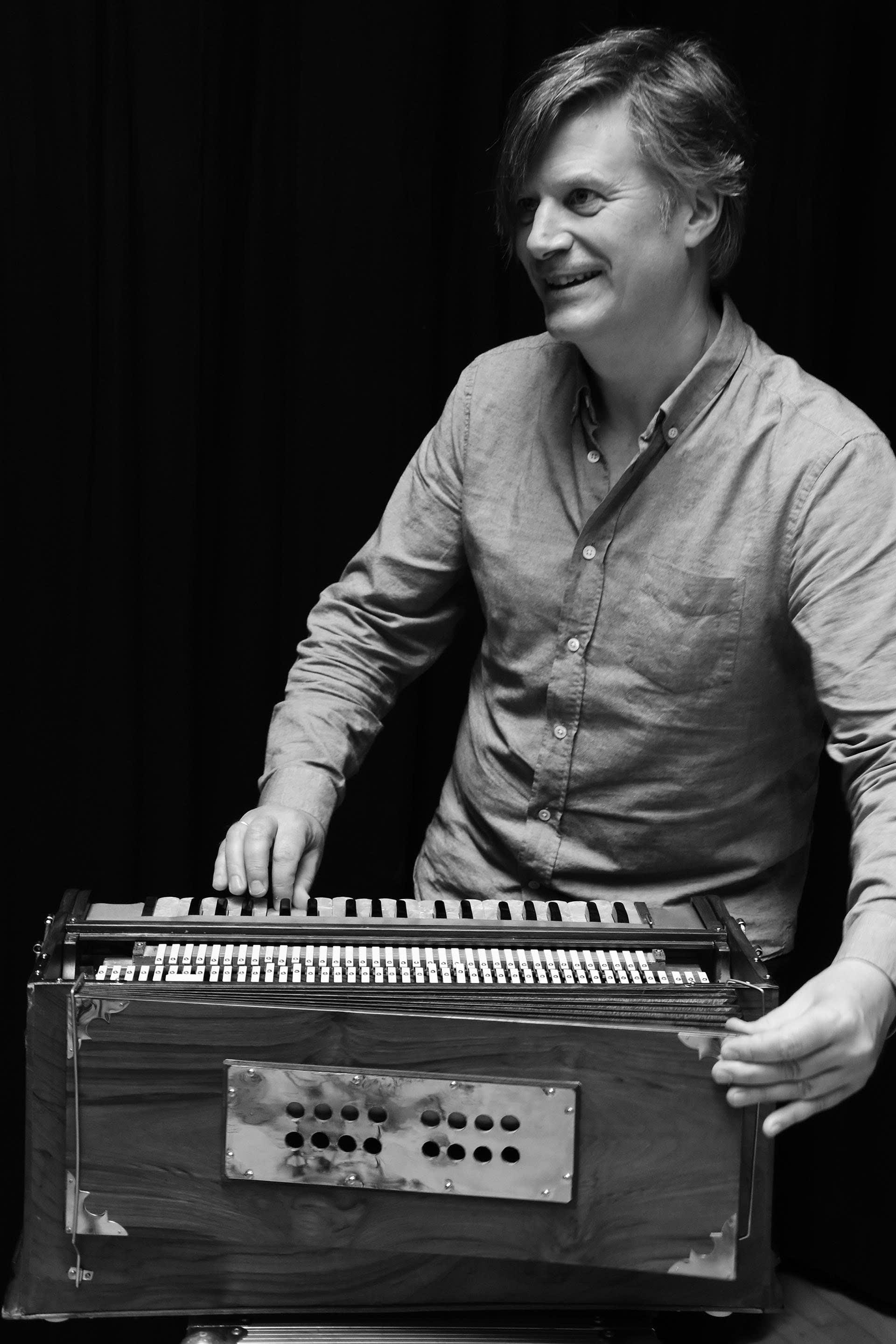 Hans Knut Sveen of Barokksolistene