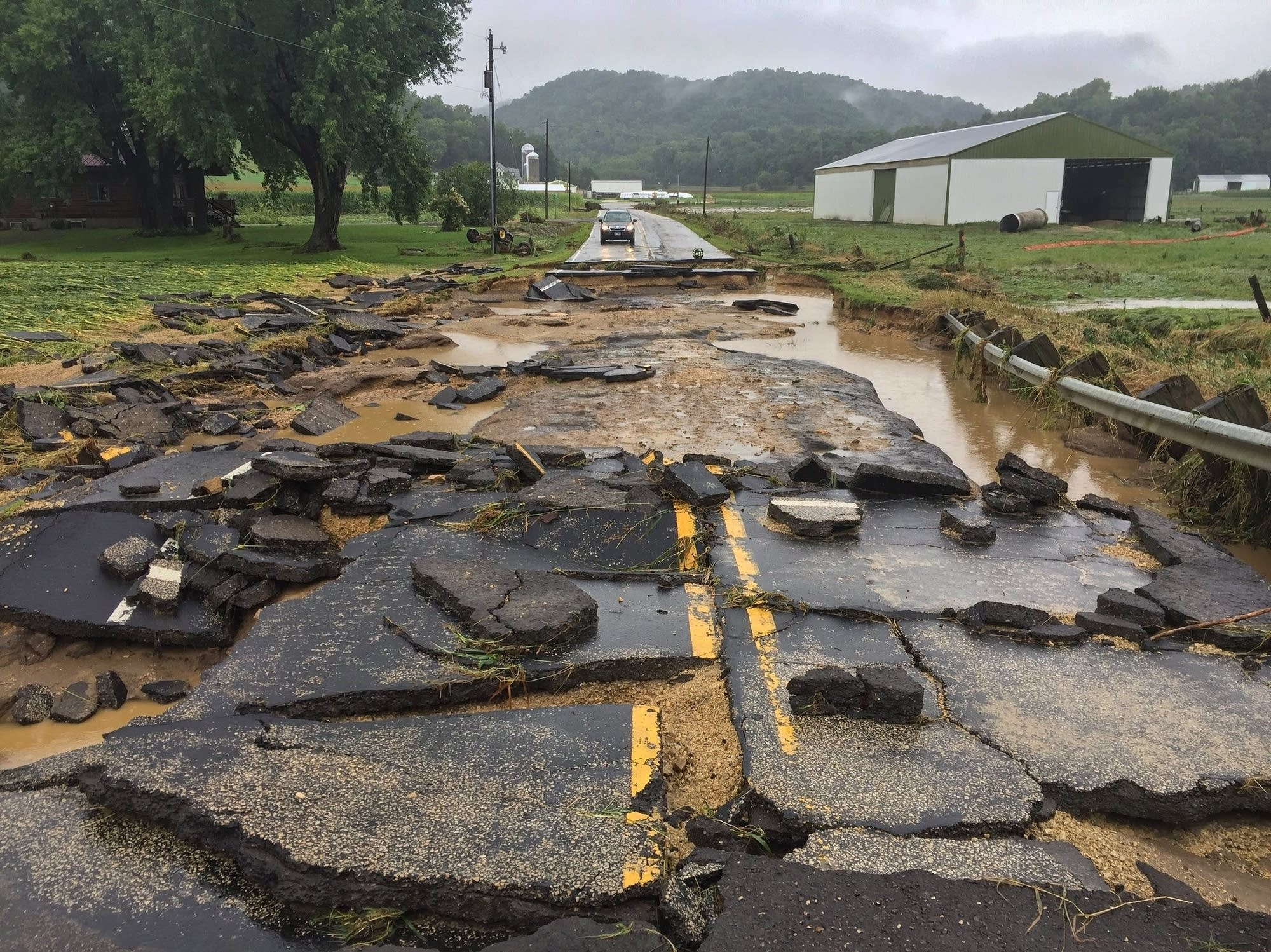 storms in wisconsin minnesota prompt evacuations flooding mpr news