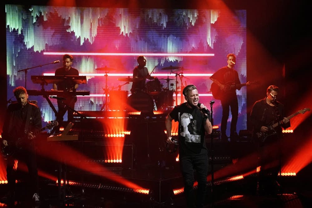 OneRepublic perform on The Tonight Show Starring Jimmy Fallon