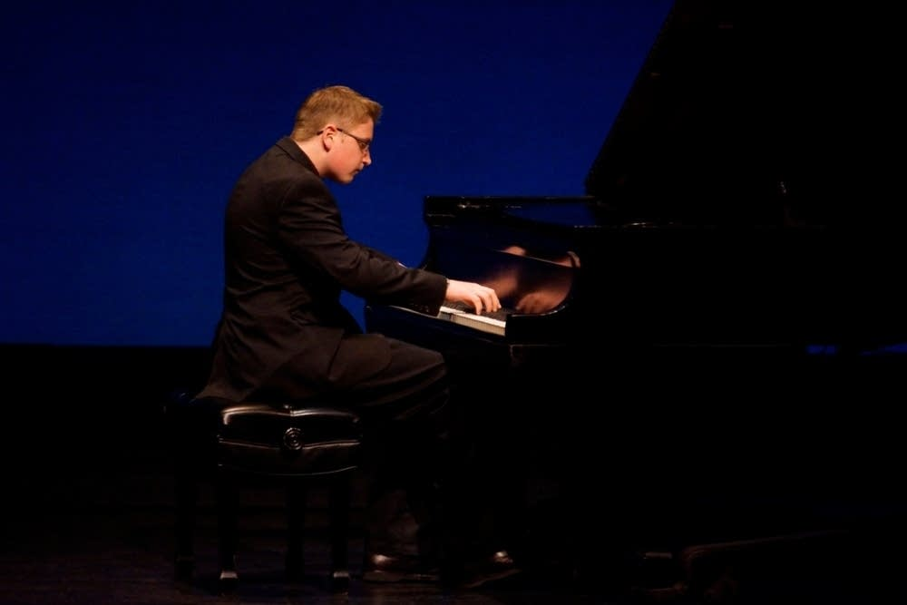 Simon Blaine-Sauer performs Chopin