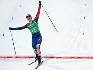Jessie Diggins wins gold ahead of Stina Nilsson.