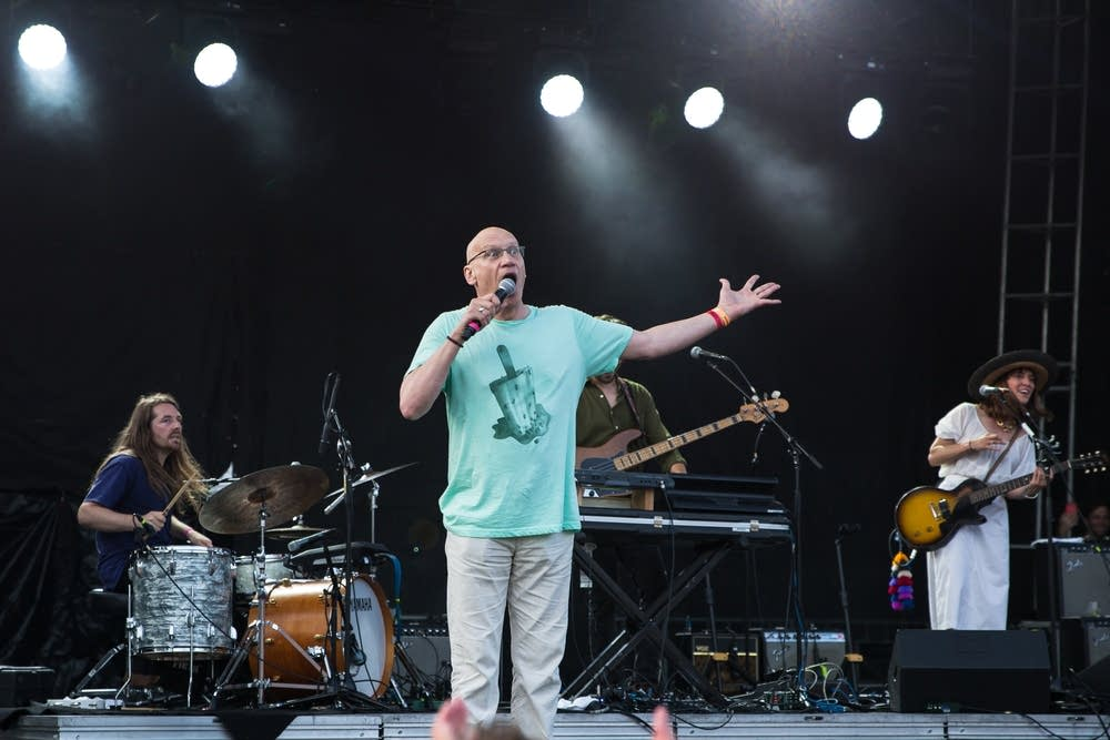 Mark Wheat onstage with Feist during Rock The Garden 2018