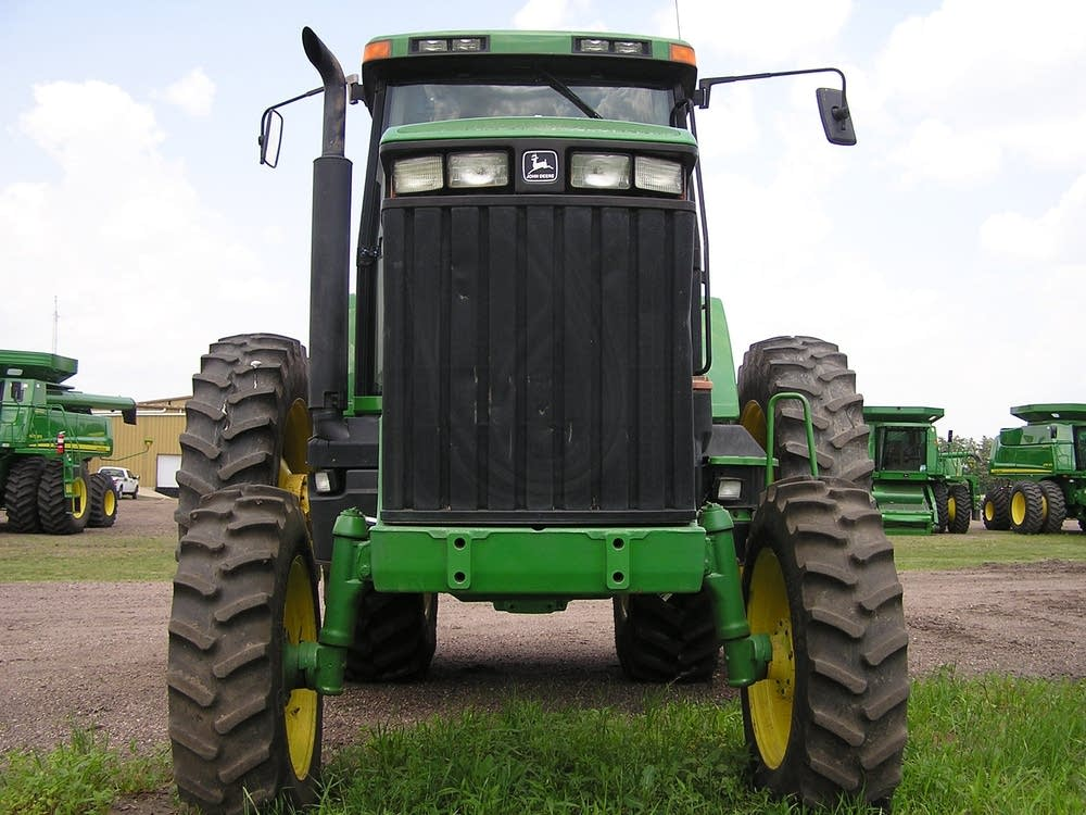 Tractor for sale in Worthington