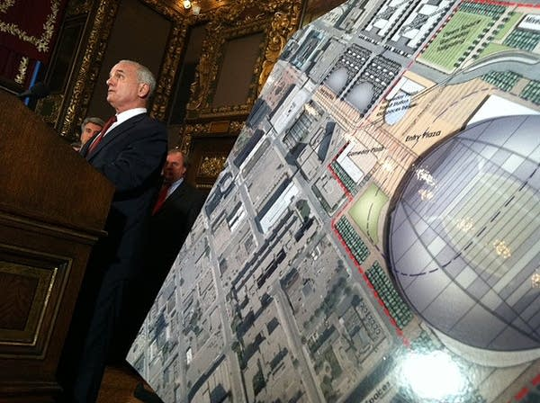 Gov. Dayton at the stadium press conference