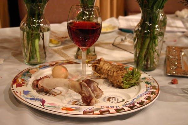 Passover celebrations take shape differently to work around the coronavirus