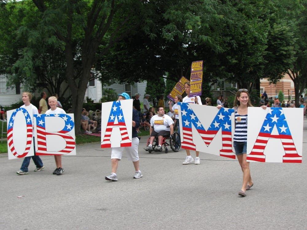 Obama sign in Cedar Falls parade