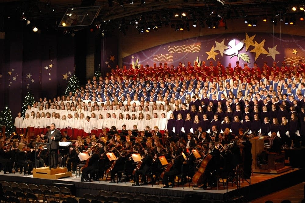 The massed choir and orchestra