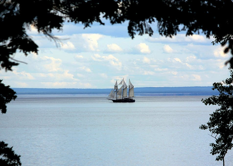 The tall ships leave Duluth