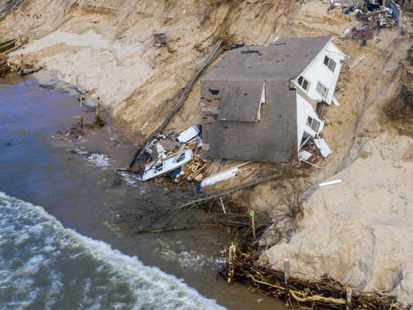 Erosion along the shore of Lake Michigan