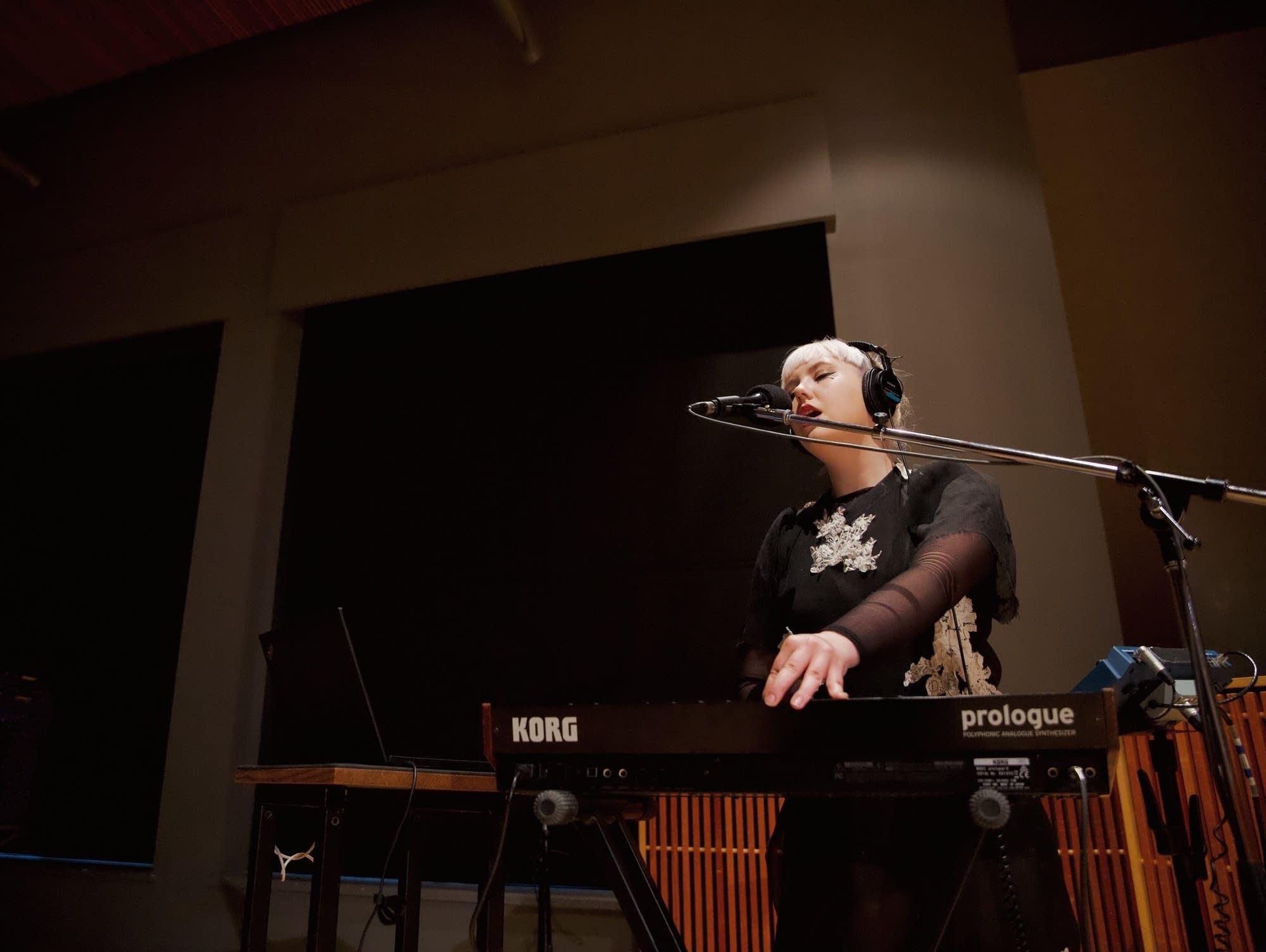 Kaelan Mikla studio session Mary Mathis