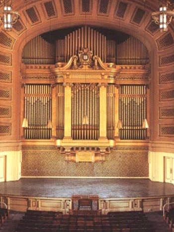 1929 Skinner organ in Woolsey Hall at Yale University