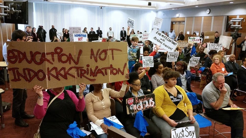 Parents protest Reading Horizons