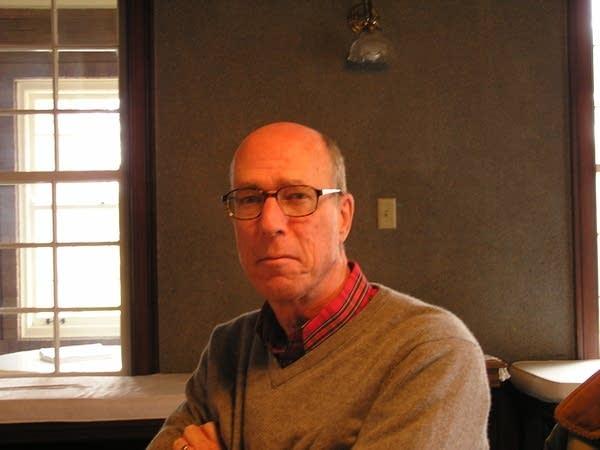 Poet Robert Hedein