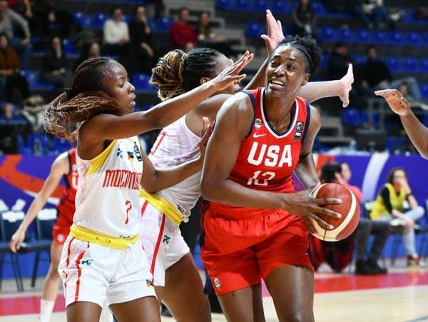 FIBA Women's Olympic Qualifying Tournament 2020 - Day Two