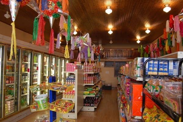 Inside Las Monarcas