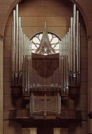 1979 Danion-Gonzalez organ at Beauvais Cathedral, France