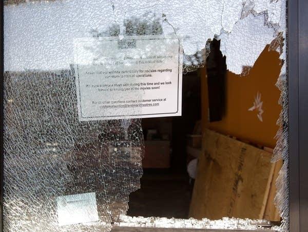 Aftermath of shooting in Uptown neighborhood