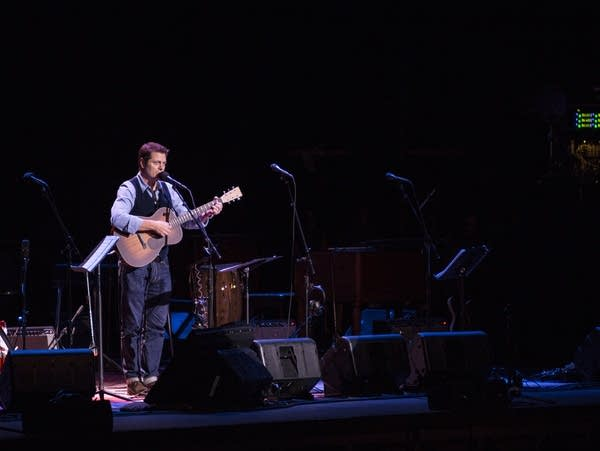 Nick Offerman sings an ode to his wife Megan Mullally.