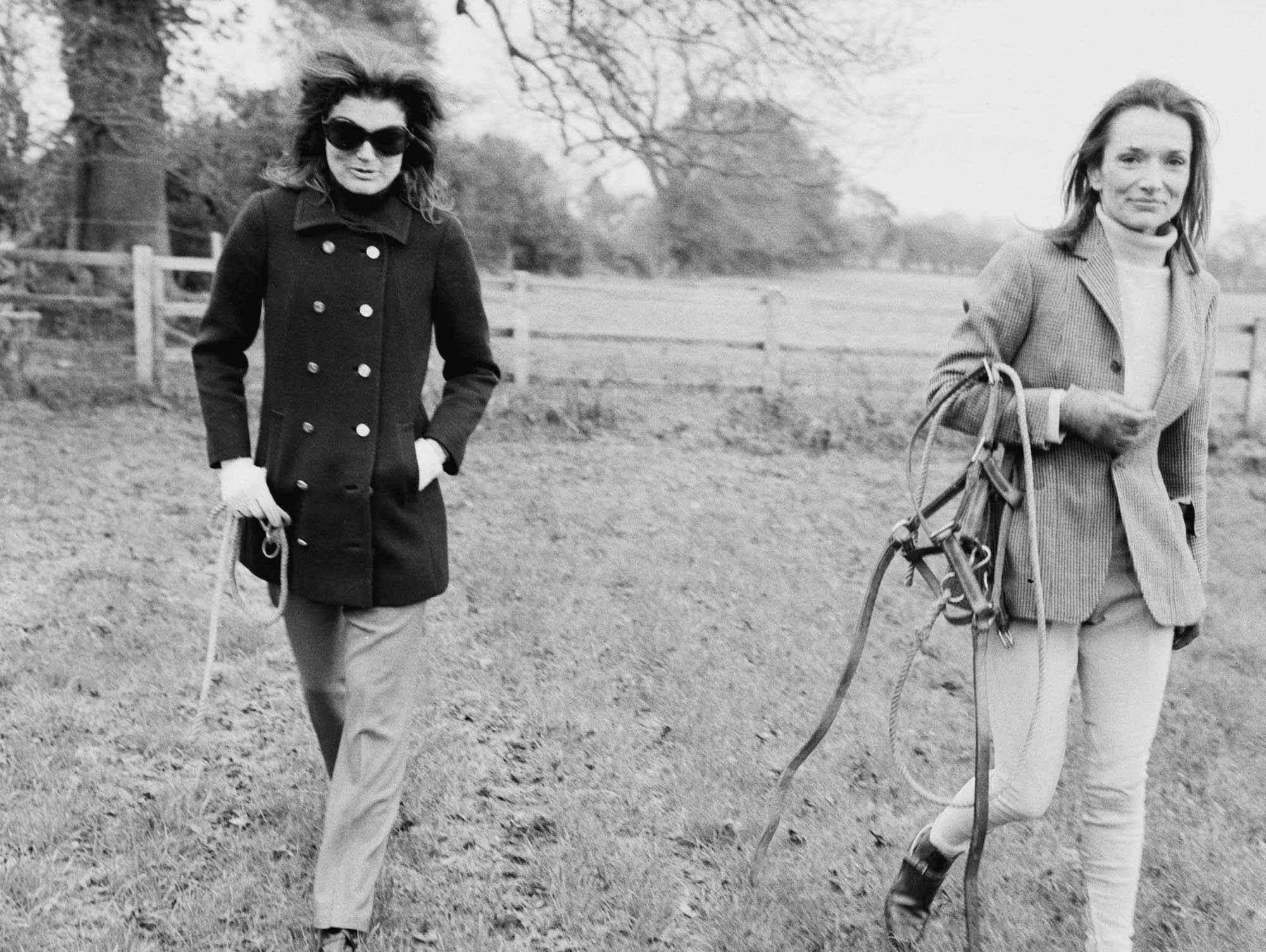 Lee Radziwill (right) with her sister Jacqueline Kennedy Onassis