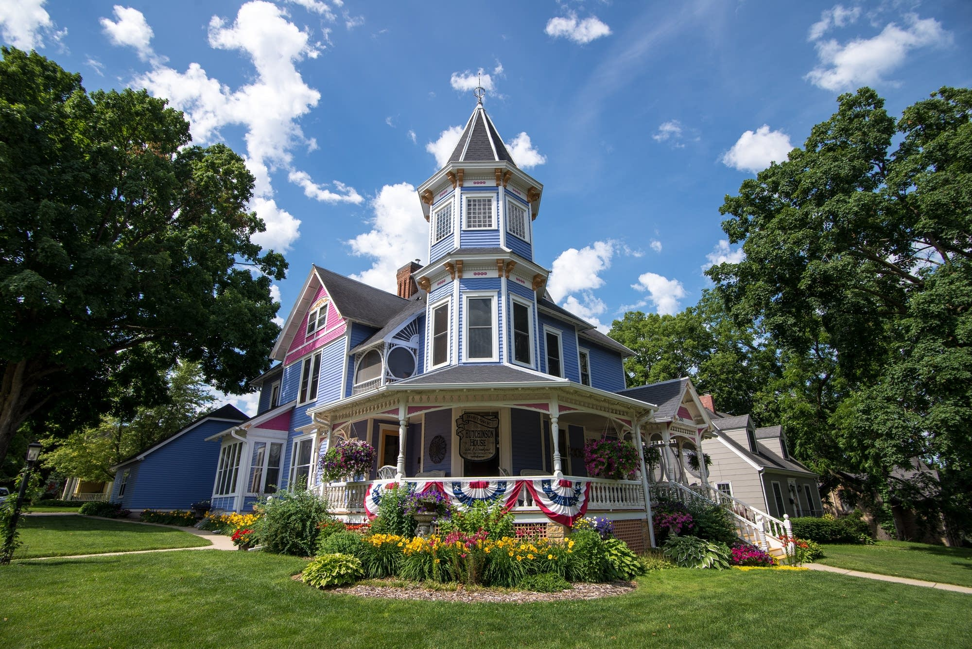The sun shines on the Historic Hutchinson House Bed and Breakfast.