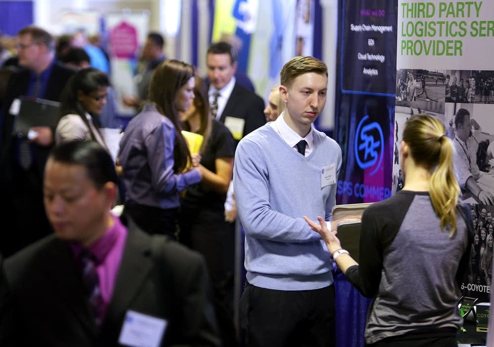 IL unemployment drops but so does job creation