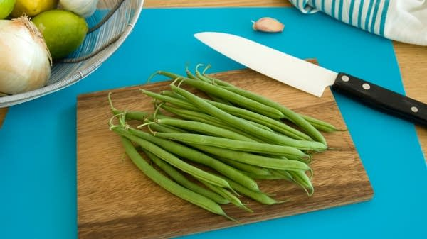 Green Beans with Lemon, Garlic and Parmigiano Gremolata