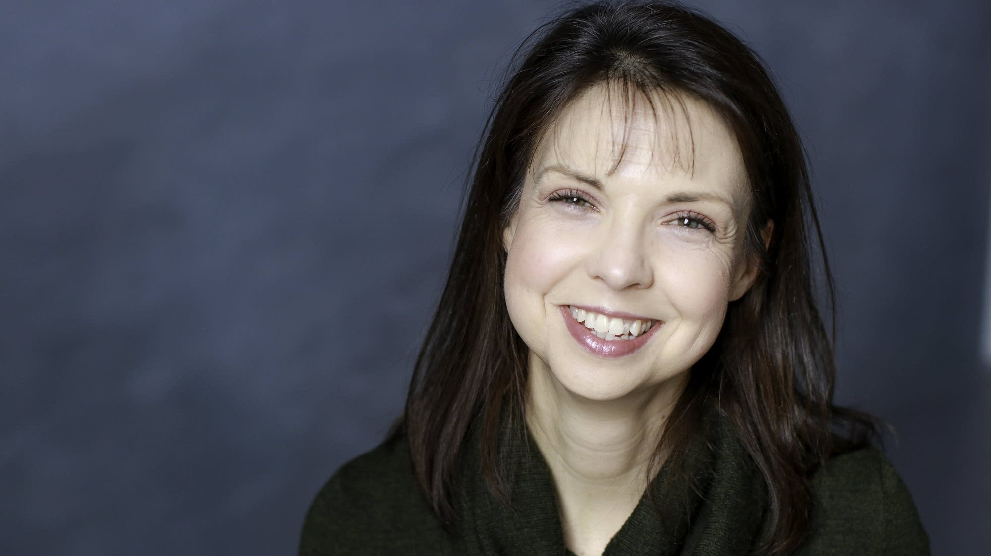 Minnesota-based soprano Andrea Leap