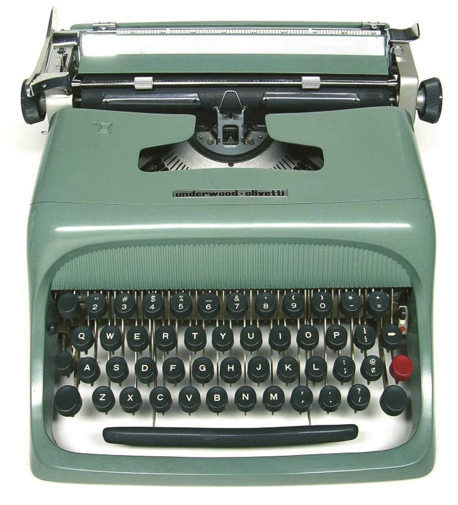 An Underwood-Olivetti Studio 44