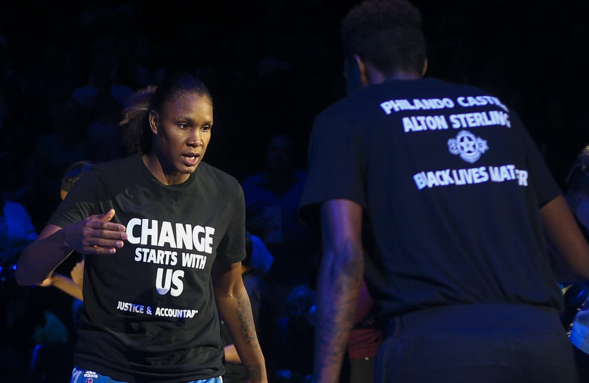 Officers walk out over Lynx shirts