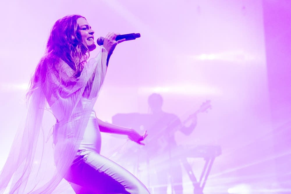 Maggie Rogers at the Armory