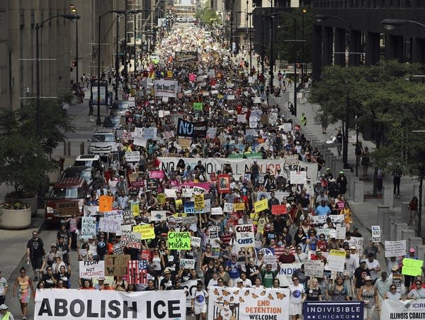 Immigration protests march in Chicago