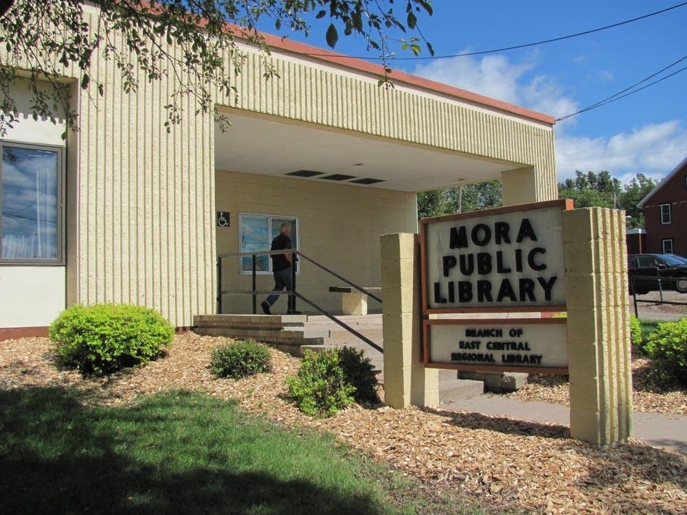 Mora Public Library
