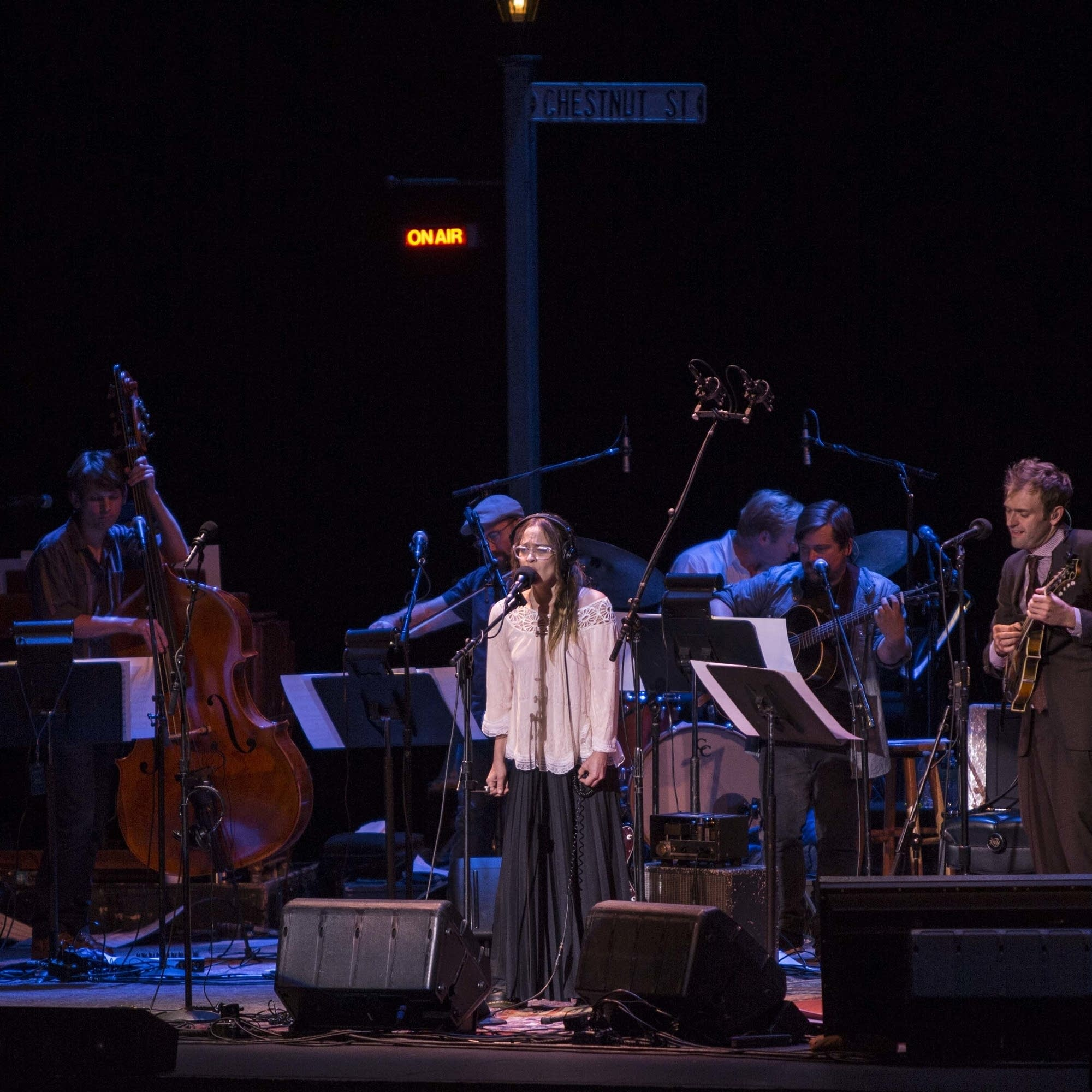'Fast As You Can' Fiona Apple, Chris and band