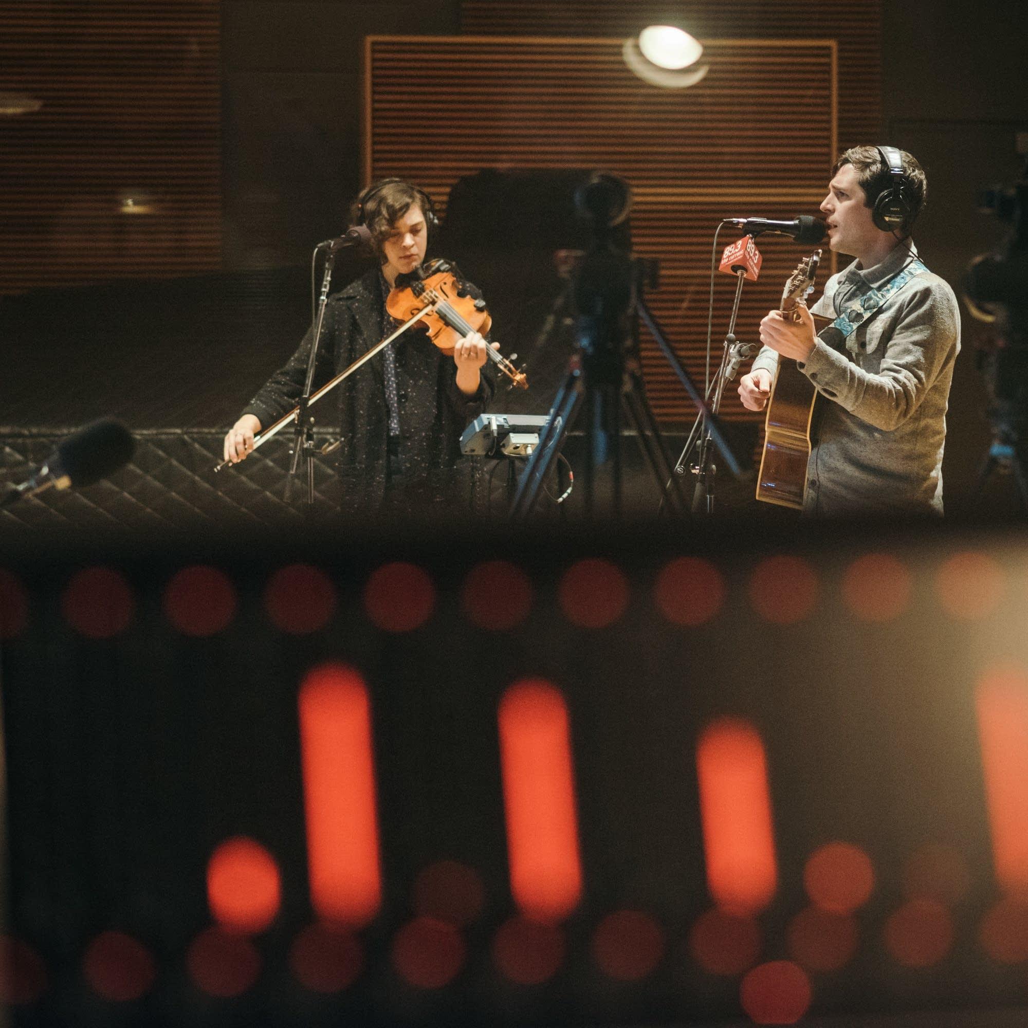 Mipso perform in the Radio Heartland studio